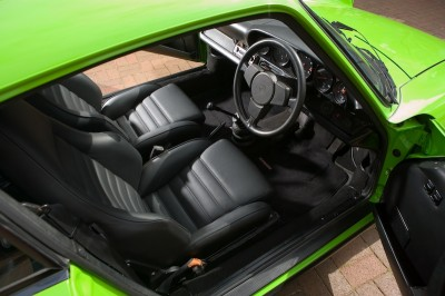 Orange Porsche 911 World feature 4