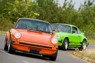 Orange Porsche 911 World feature 7