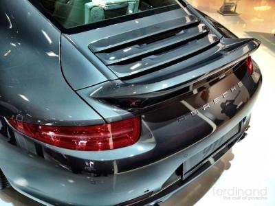 Porsche 991 with Duck Tail Spoiler