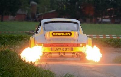 Tuthill Porsche 911 Exhaust Flames