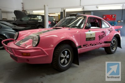 Safari Porsche Pink Team Tido