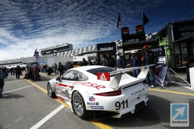 Porsche 911 RSR retires from Daytona 24 Hours