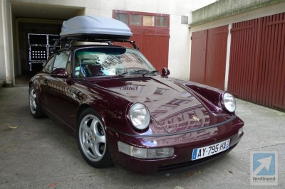 Roof Box on a Porsche 911