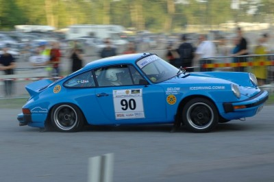 Tuthill Porsche chasing win on Midnight Sun