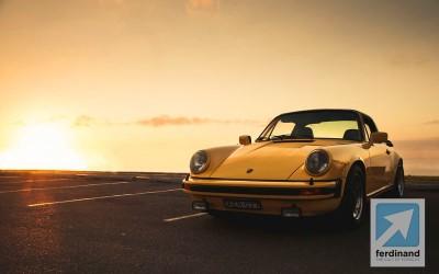 Yellow Porsche 911 Carrera 3.0 Targa 3