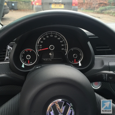 Volkswagen XL1 School Run 4