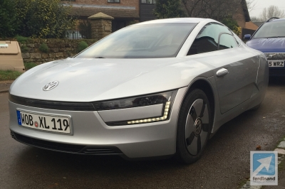 Volkswagen XL1 School Run 5