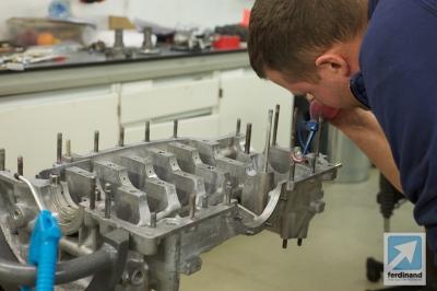 Tuthill Porsche 911 RSR sand cast engine build 3