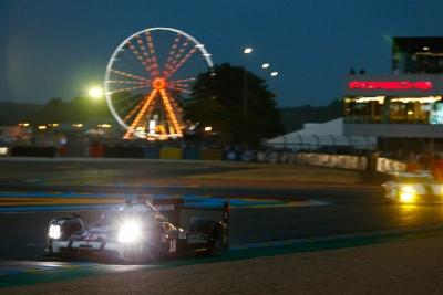 Porsche 919 LMP1 Hybrid Le Mans 2015 8
